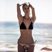 swimwear,bikini,bikini top,kendall and kylie,hipster bikini