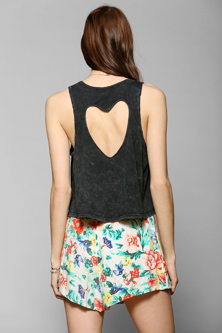 Truly Madly Deeply Cutout Heart Tank Top - Urban Outfitters