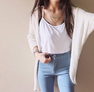 hair accessory necklace gold coat pants highwaist outfit casual jewels jacket jeans