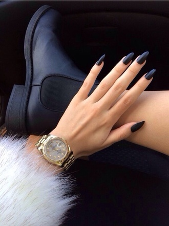 shoes black edgy jacket nail accessories nail polish allday mynewnails jewels chelsea boots boots black boots black booties ankle boots nail polish mat grunge grunge shoes mickea kors guess gold watch black chelsea boots black nails