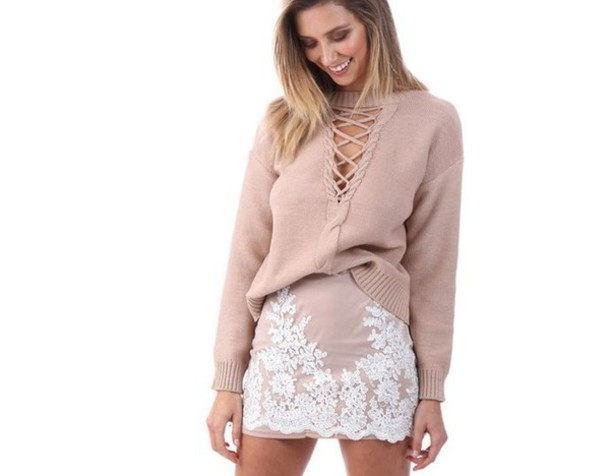 skirt girl girly girly wishlist pink mini skirt white lace floral cute blouse