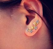jewels,jewelry rings,jewelry,jewelry ring,earrings,ear piercings,ear cuff,ears,gold,gold jewelry,silver,silver glitter,silver studs,glitter,diamonds,dragon,ear hoops,ring,girly,diamond ear cuff,diamond ear climber,ear climber,ear wraps,cartilage earring,body kandy couture,ear sweeps,minimalist earrings,earring wrap