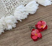 jewels,flower earings,dangled earrings,crocheted jewelry,etsy,etsy shopping,boho jewelry,boho chic,red earrings