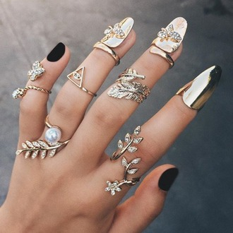 jewels ring jewerly silver gold pearl flowers wrap stylish rings knuckle ring nail accessories nail rings nails accessories rings and jewelry gold midi rings finger rings nails jewelry pretty gold ring metallic nails fake nails nail art gold nails