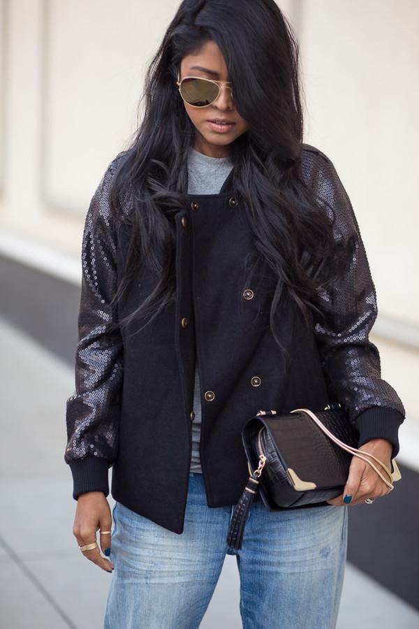 walk in wonderland jacket t-shirt jeans bag shoes sunglasses