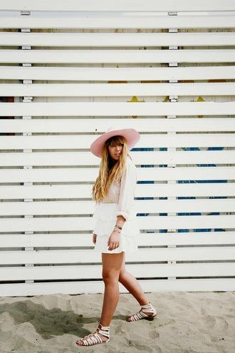 fringe and frange blogger skirt hat white skirt flat sandals pink hat
