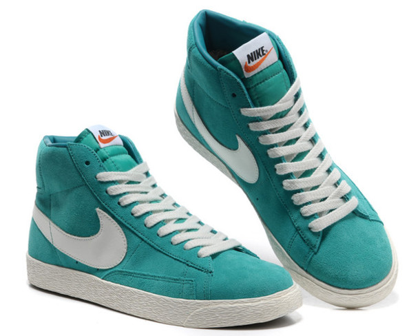 shoes, nike, nike shoes, nike blazer mid, green, blue, trendy, coat, nail  polish, pants, jeans, jewels - Wheretoget
