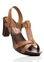 medium heels,sandals,buckles,brown shoes,shoes