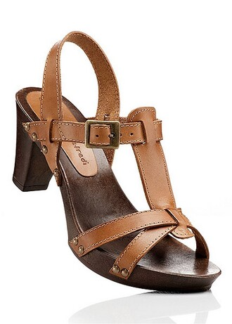 shoes brown shoes medium heels sandals buckles