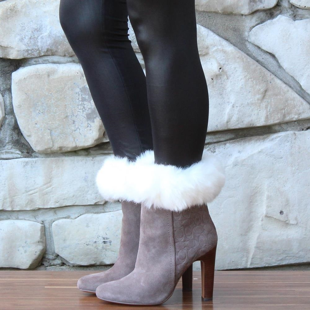 Trendzy frenzy: fur topped boot cuff