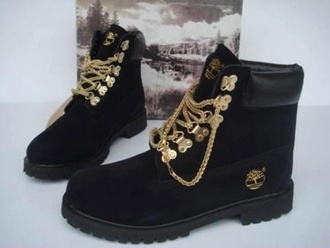 black boots ankle boots shoes black gold winter outfits boots timberlands gold chain black timberlands with gold chain belt timberlands boots black timberlands gold laces customized timberland boots flat boots