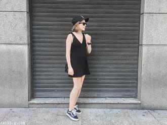 shoes black cap black summer dress vans sunglasses blogger