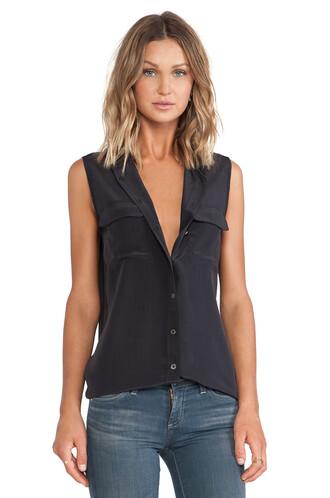blouse sleeveless black