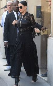 jacket,jacet,backpack,lace,katy perry,fashion week 2015,bag,pants,all black everything,lace pants,culottes