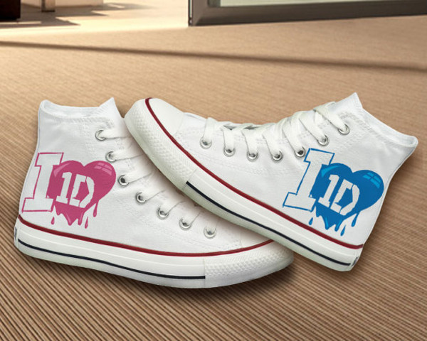 shoes converse hand painted painted shoes painted converse one direction one direction converse 1d converse 1d shoes gift ideas best gifts best gift birthday girly one direction shoes one direction
