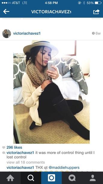 scarf beige knitted scarf cardigan hat socks