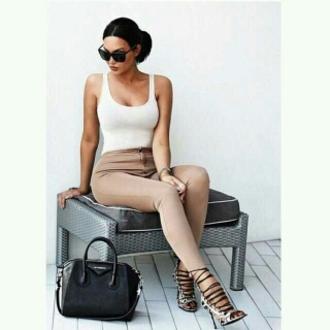 pants skinny shoes classy natural tank top bag