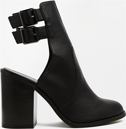 New Look Ariel Cut Out Ankle Boots - New Look - £29.99