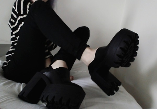 shoes fake fashion blogger platform shoes designer