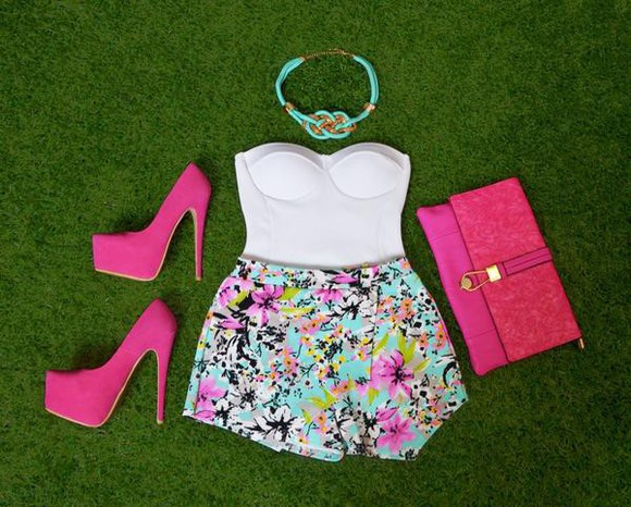 corset top t-shirt necklace high heels floral shorts tropical