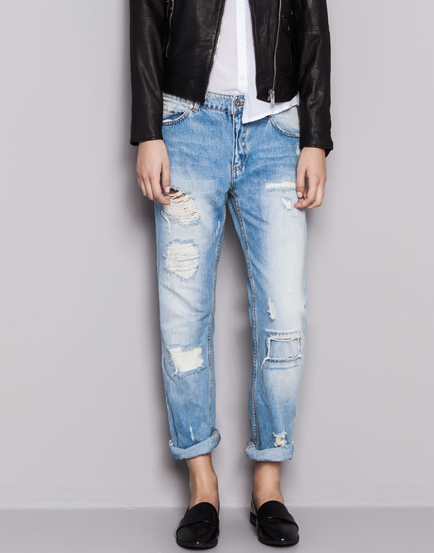RIPPED BOYFRIEND JEANS - JEANS - WOMAN - PULL&BEAR United Kingdom
