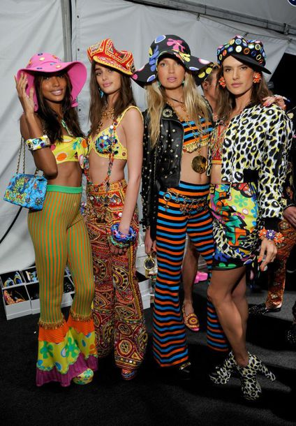 pants top hat summer summer outfits colorful crop tops moschino alessandra ambrosio model Taylor hill romee strijd stripes animal print shoes