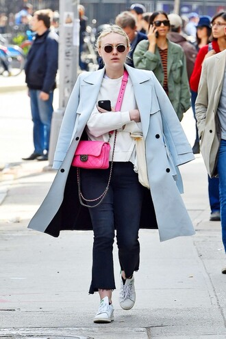 coat pants sneakers purse dakota fanning sweater spring outfits jeans