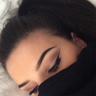 make-up brows