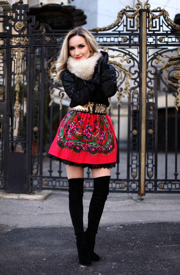 rock and roses skirt blouse belt shoes jewels