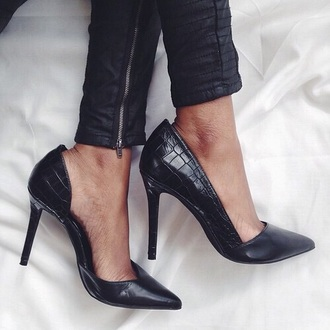 shoes black heels stiletto shoes black black black shoes escarpins noirs