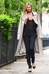 top,pants,coat,trench coat,pumps,karlie kloss,choker necklace,spring outfits,see through,model,jacket,blazer,suit,jewels,jewelry,model off-duty,necklace,black choker,accessories,black velvet choker