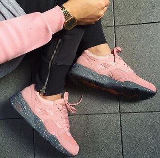 shoes pink sports shoes asics gel lyte iii dope shoes puma r698 winterized grey pink shoes pastel tumblr tumblr outfit instagram sneakers pink sneakers low top sneakers cute puma sneakers