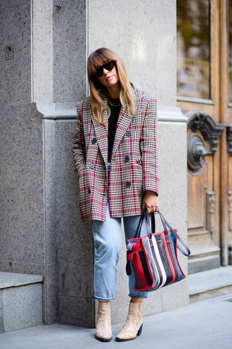jacket tumblr streetstyle plaid plaid blazer check blazer denim jeans blue jeans cropped jeans boots nude boots ankle boots bag sunglasses