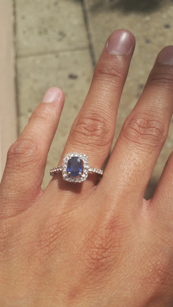 jewels sapphire ring