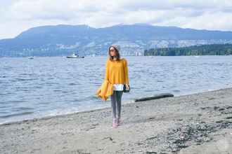 kryzuy blogger mustard mustard sweater