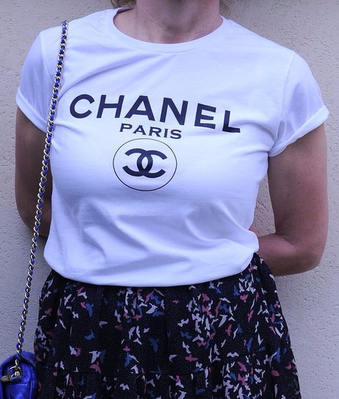 shirt t-shirt chanel t-shirt chanel shirt chanel t-shirt chanel tshirt style vogue chanel chanel shirt chanel tshirt shirt tshirt vogue. white t shirt chanel c