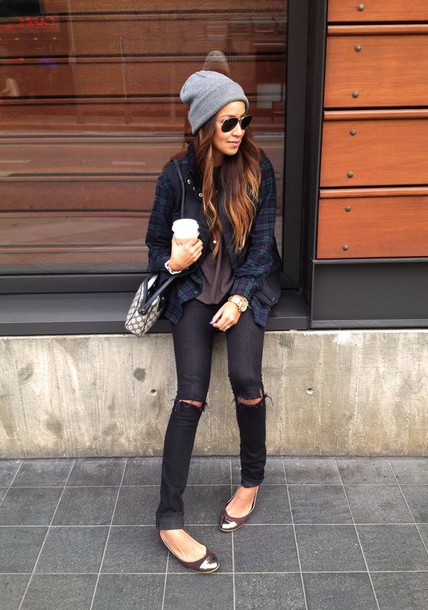 jeans black grunge pale pale grunge knee high socks cardigan shoes