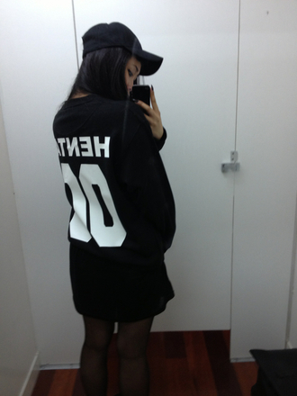 sweater tumblr dark cool girl black boyfriend sweater