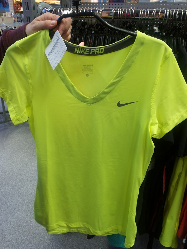 t-shirt sportswear yellow nike free run shirt