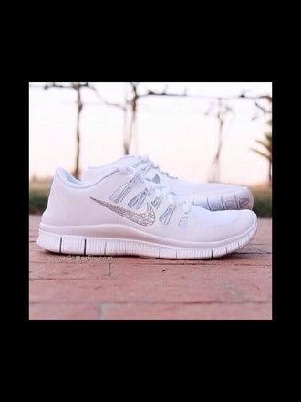 trainers runners running shoes