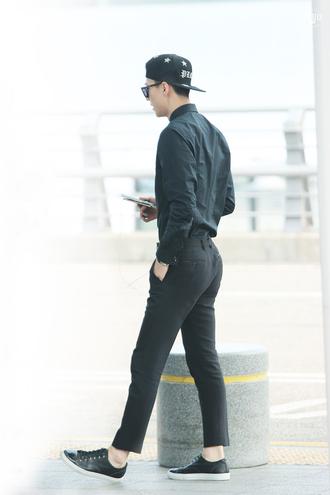 blue pants black pants
