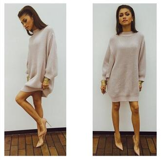 zendaya louboutin sweater oversized sweater fall outfits fall sweater fall dress nude classy gorgeous fashion sweater dress queen red lime sunday shoes