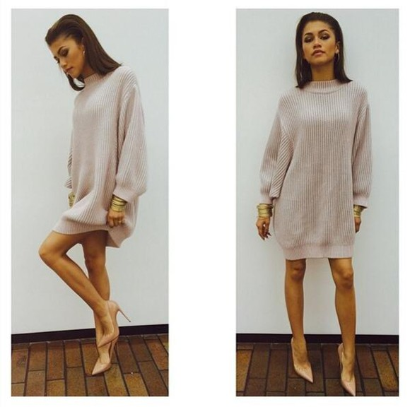 sweater oversized sweater fashion fall outfits zendaya zendaya coleman christian louboutin fall sweater fall dress nude classy gorgeous sweater dress queen