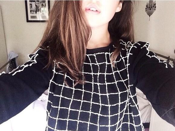 t-shirt black top black
