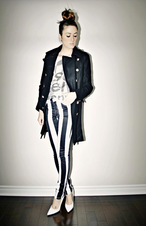 quality rivets jacket t-shirt jeans shoes