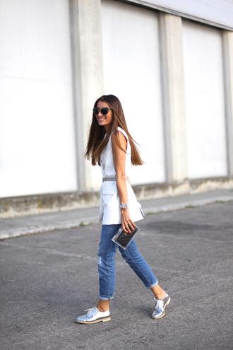 b a r t a b a c blogger jeans top shoes belt bag sunglasses