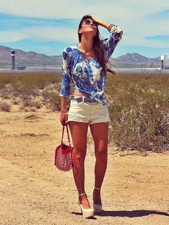 decor e salto alto shirt shorts shoes belt bag sunglasses
