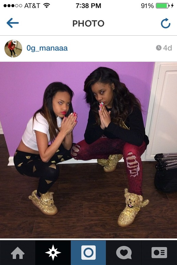pants leggings ripped jeans instagram pose shoes jeans
