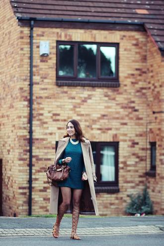 preppy fashionist blogger dress jewels coat shoes bag