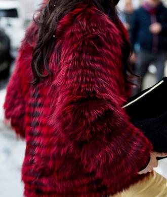jacket tumblr nyfw 2017 fashion week 2017 fashion week streetstyle fur jacket faux fur jacket red jacket